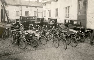 1920s - KONE service vehicle fleet